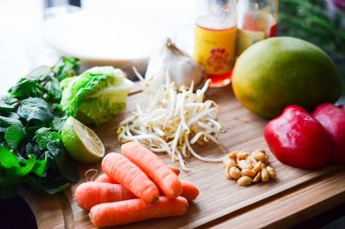 Poelée_Légumes_rouleaux_printemps_mangue_cacahuete (1 sur 9)