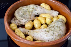 Poulet_rôti_herbes_provence_pommes_grenailles (3 sur 5)
