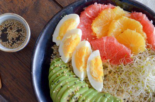 Quinoa_bowl_agrumes_sésame_avocat_alfalfa (4 sur 7)