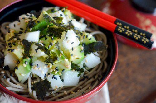 Salade_chou_japonaise_poire_avocat_algue_nori (3 sur 8)