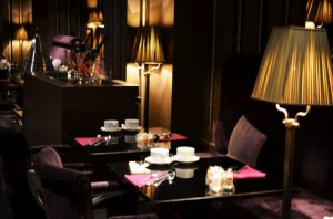 Le First - Restaurant boudoir