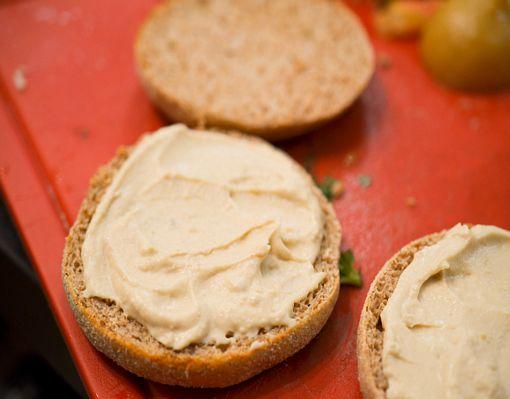 Muffin_burger_agneau_houmous-9