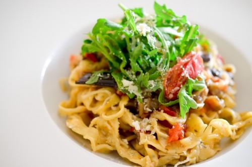 Pates_fraiches_maison_aubergine_tomate_parmesan (10 sur 11)