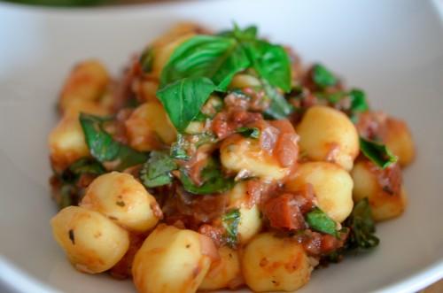 Gnocchis-2_tomates_parmesan_basilic (6 sur 8)