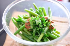 Galette_lentilles_curry_salade_haricots_tomate (4 sur 10)