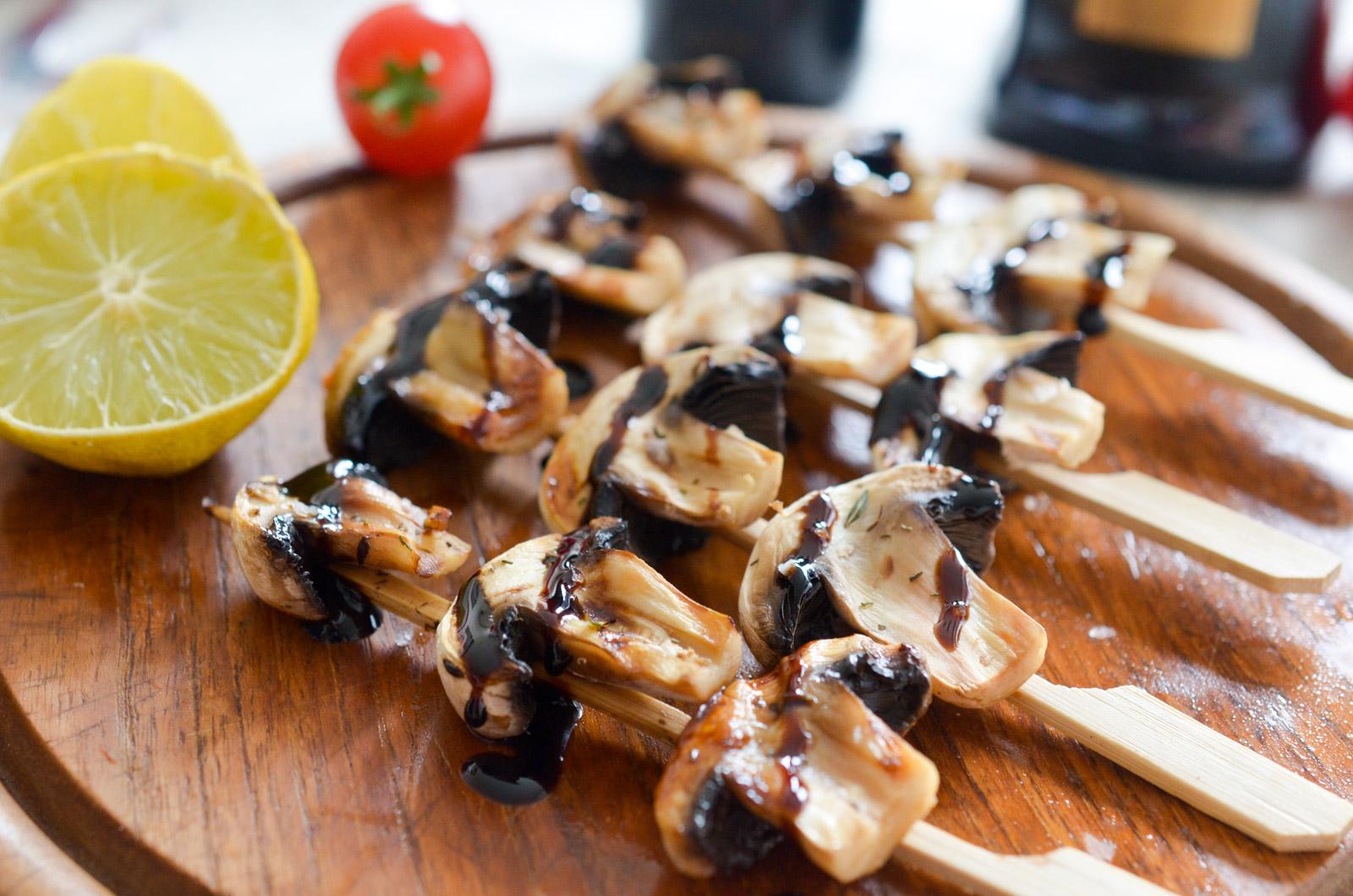 Brochettes Champignons Legumes Balsamique 5 Sur 6