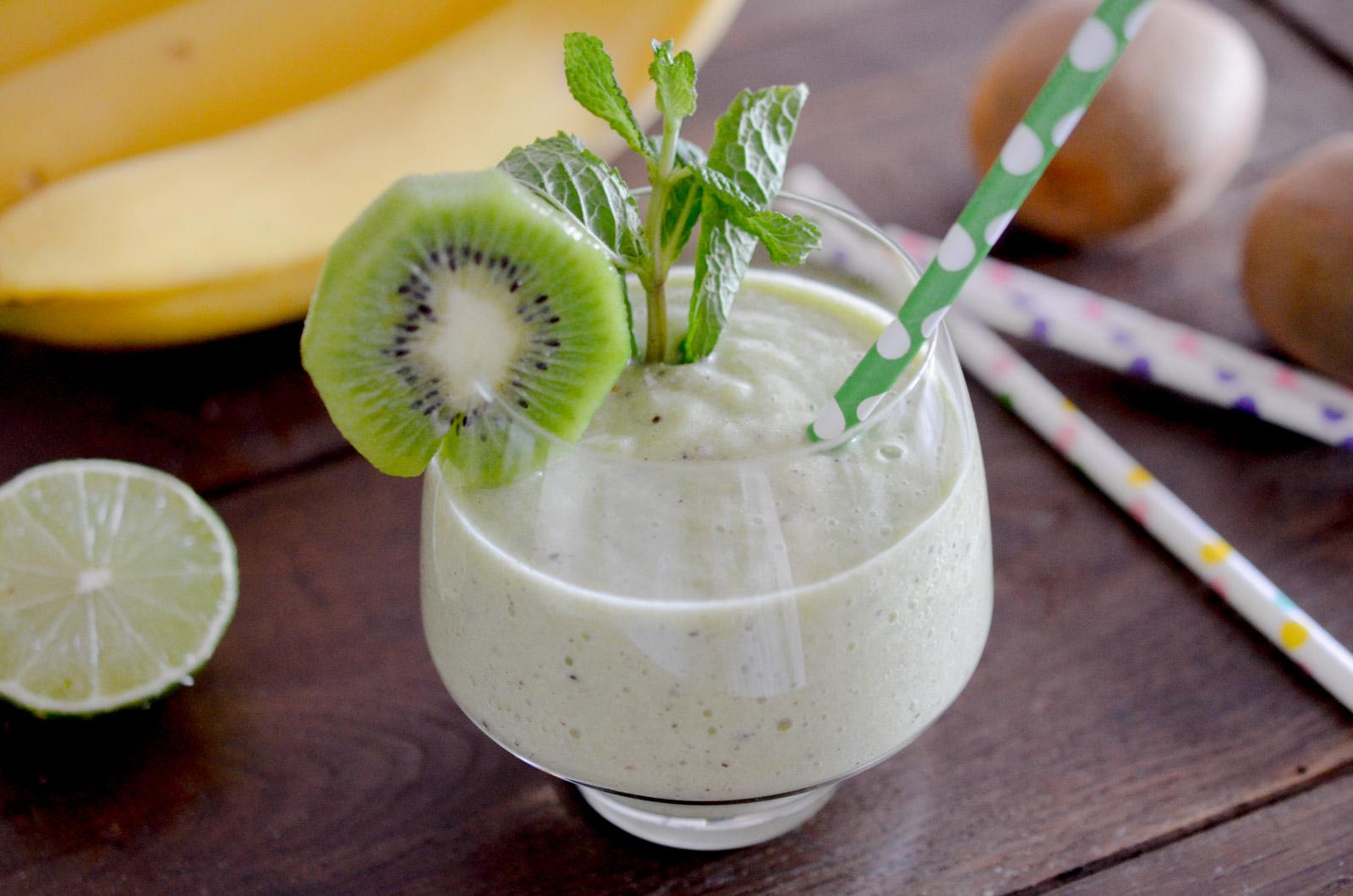 Smoothie Banane Kiwi Citron Vert 1 Sur 3