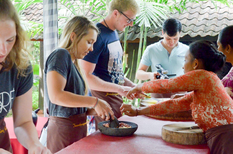 Bali Vizeat Cuisine (33 Sur 62)