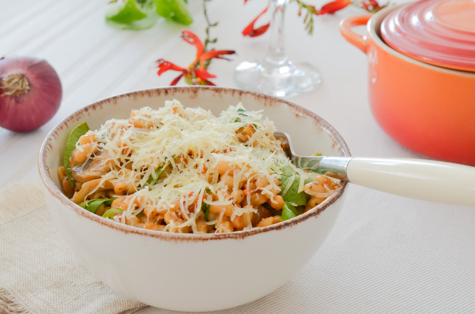 One pot tomato coquillettes