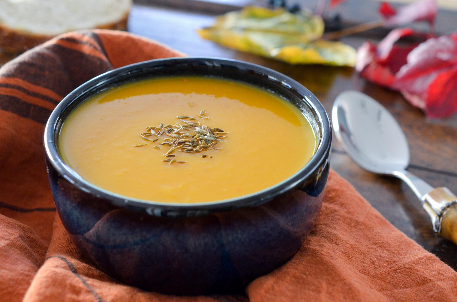 Velouté de potiron à la mimolette