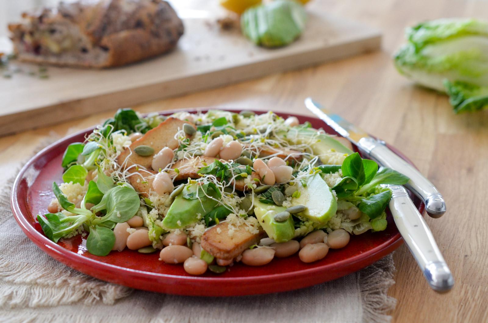 Salade detox citronnée avec tout plein de choses