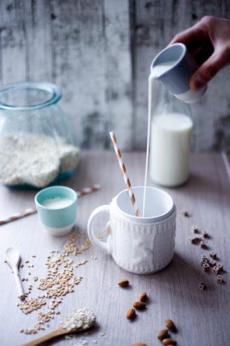 Décryptage: les laits (plutôt boissons) végétaux ... et 10 idées recettes en bonus