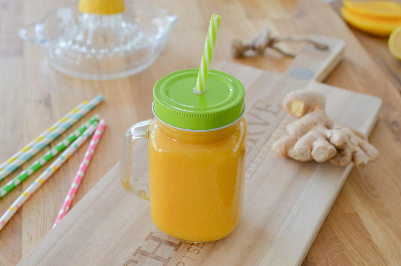 Smoothie détox du matin: mangue & thé vert gingembre - Les ...