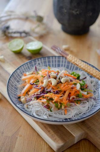 Salade Thaï de vermicelles aux noix de cajou