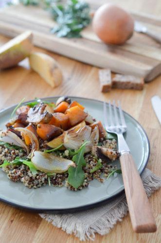Légumes rôtis au sirop d'érable, vinaigrette tahin