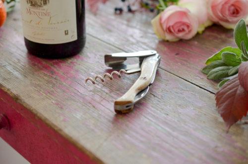 #Concours : le monde du vin selon Jean Dubost