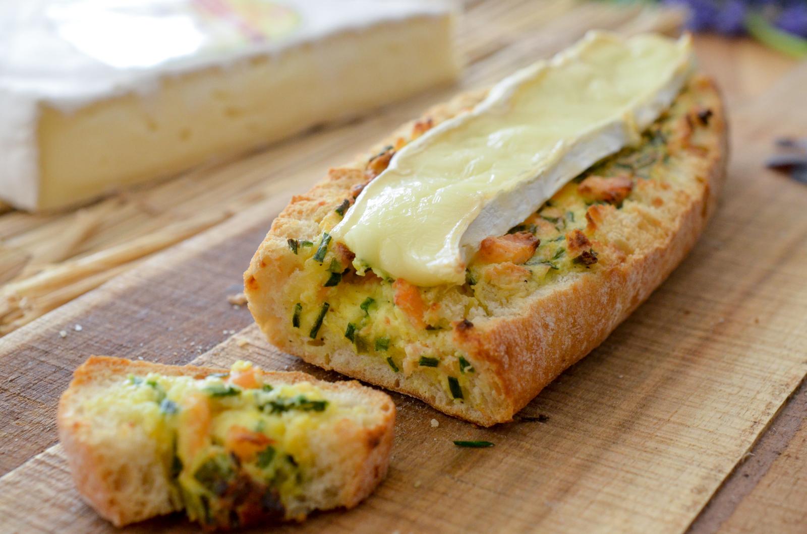 Baguette farcie au saumon et au Brie