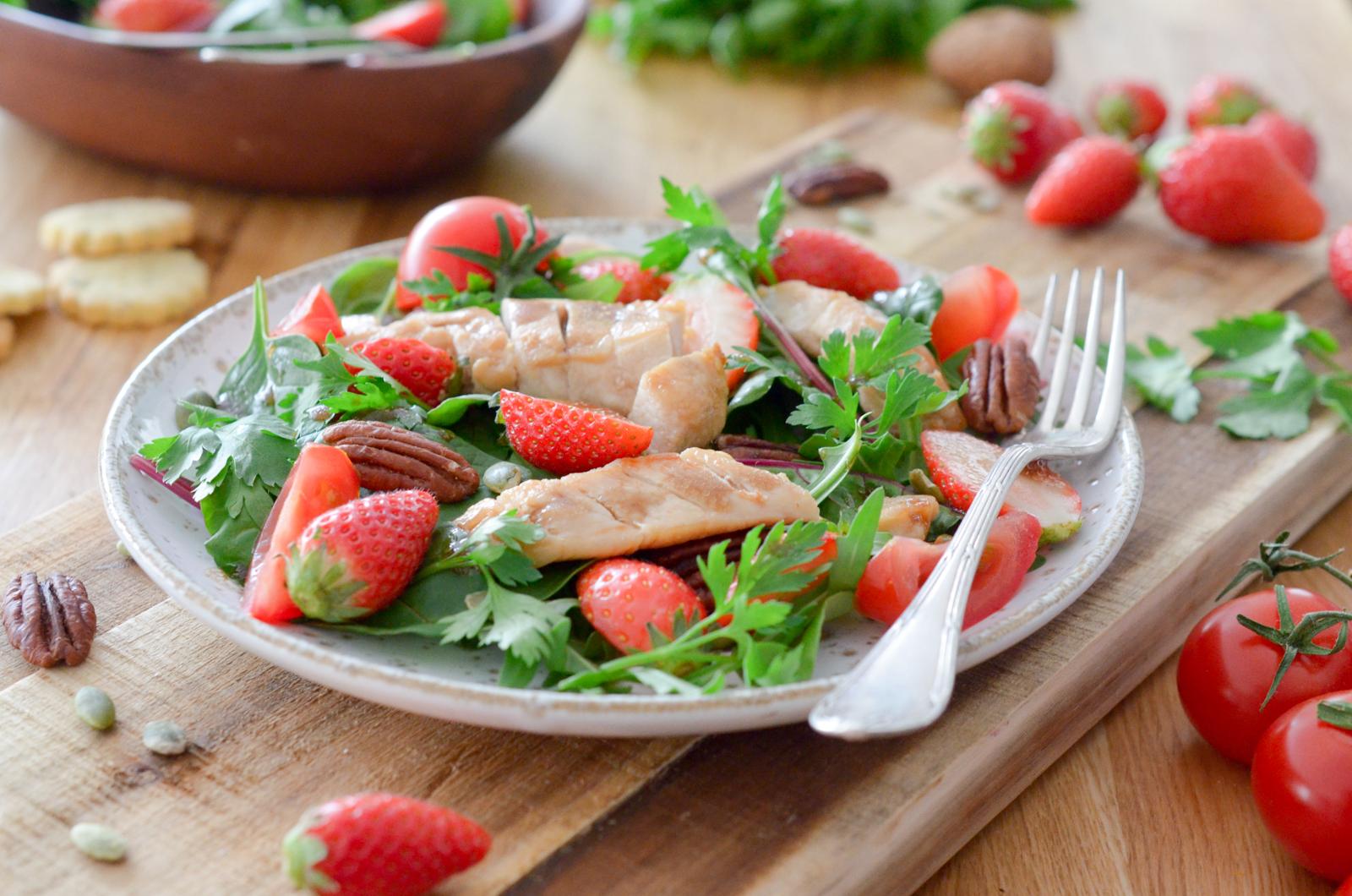 Salade de lapin aux fraises