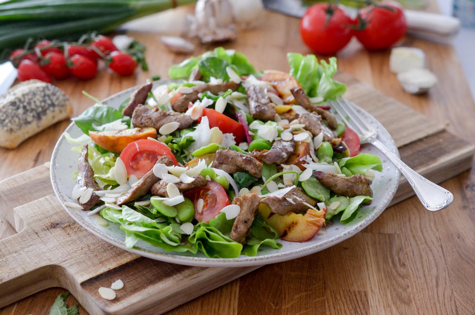 Salade de canard aux pêches