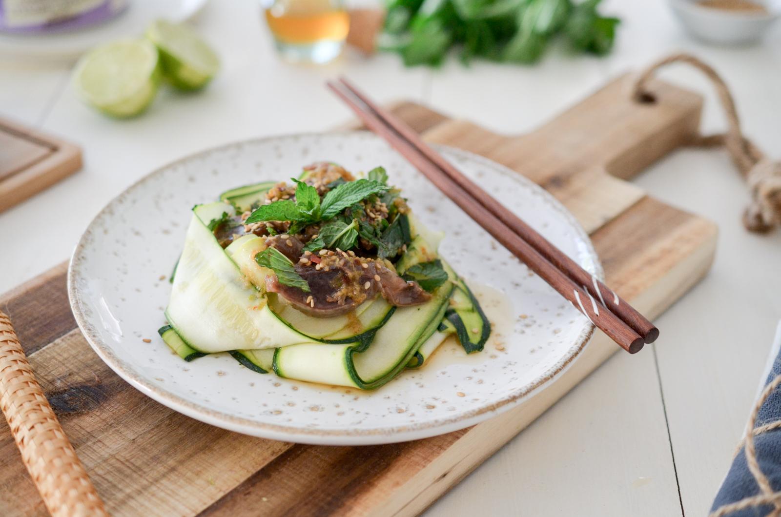 Salade de courgettes crues au sésame et aux gésiers de canard IGP