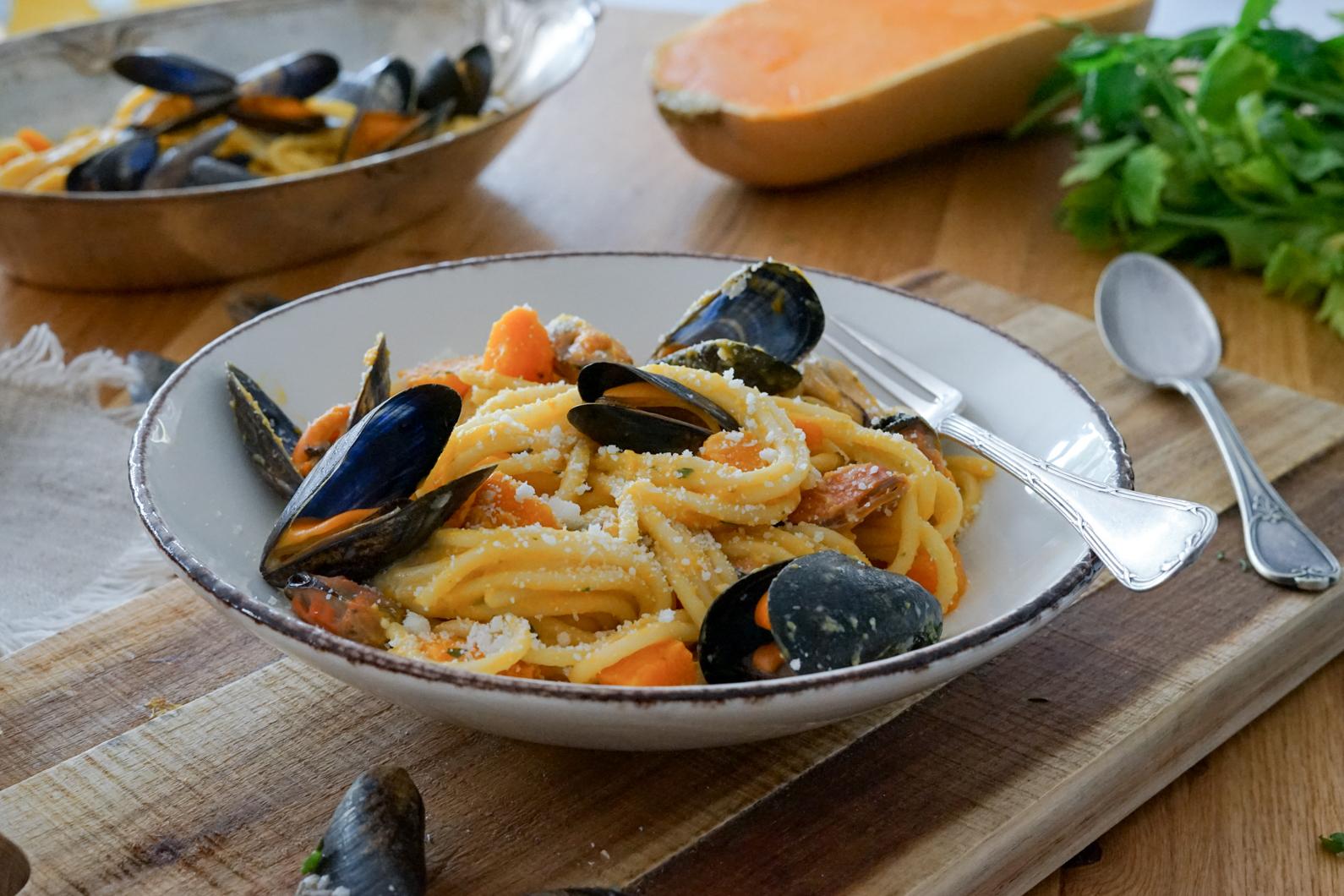 Spaghettis aux Moules de bouchot de la Baie du Mont-Saint-Michel et crème de butternut rôtie